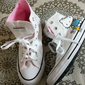 NWOT HELLO KITTY CONVERSE!!